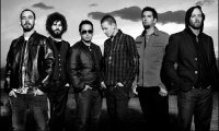 Linkin Park поддерживает страну землетрясений